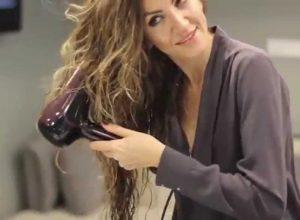 Saç Kurutma Makinesi İle Nasıl Kıvırcık Yapılır?